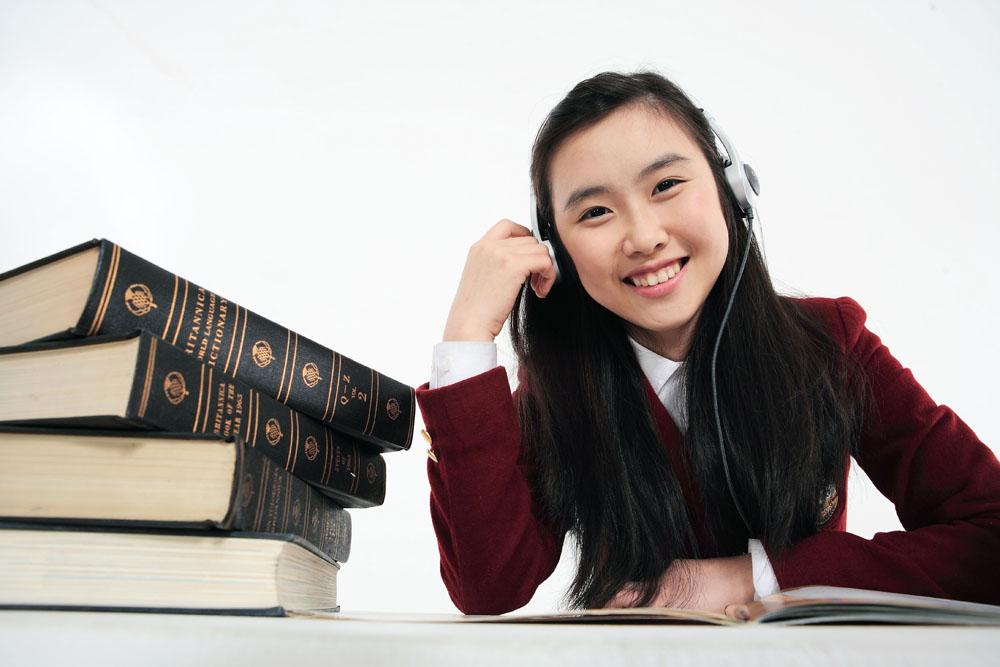 英国教育研究所:刻苦努力助华人学生成绩领先