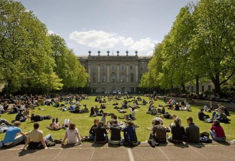 德国留学费用:一年花费6万至8万元