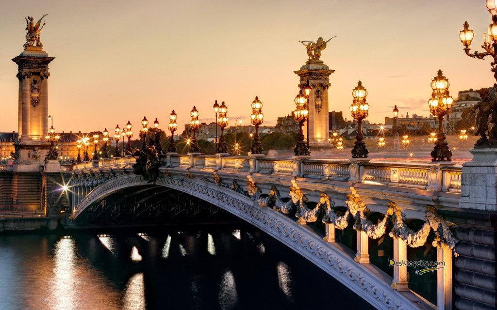 法国留学宜居城市巴黎居首