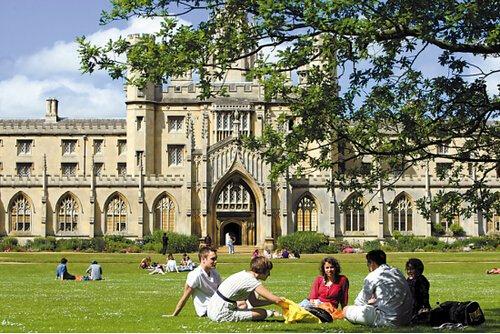 英国留学研究生费用一览