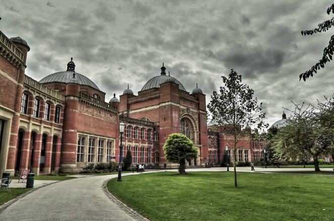 211大学80分学生喜获世界百强 华威伯明翰南安普顿利兹曼彻斯特大学录取
