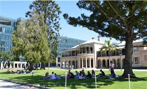 9月16日澳洲昆士蘭科技大學校代Amber Wang 將到訪柳橙網進行研討交流